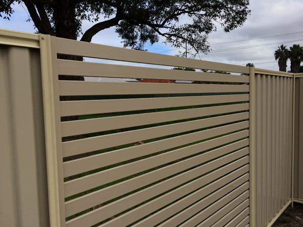 Residential Aluminium Slat Fence